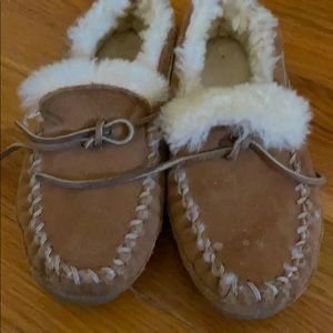 Size 6 LL bean slippers